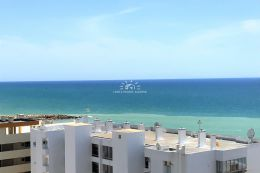 Newly built apartment with pool, sea view within walking distance all amenities in Quarteira